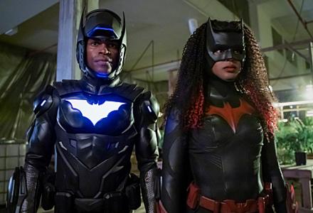 Javicia Leslie as Batwoman and Camrus Johnson as Lucius Fox